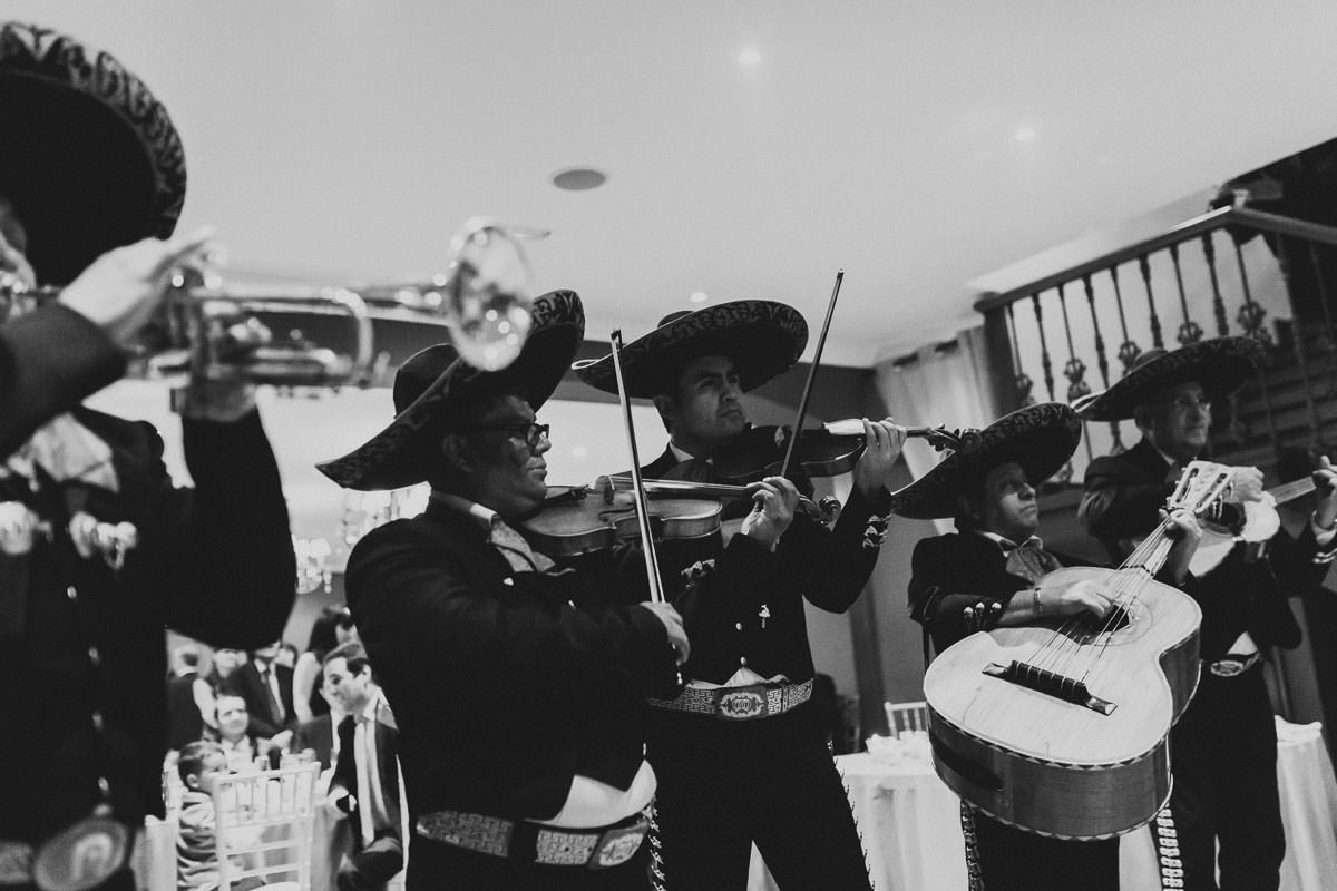 mariachis_boda