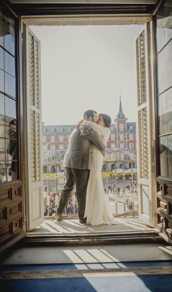 novios_boda_plaza_mayor_madrid