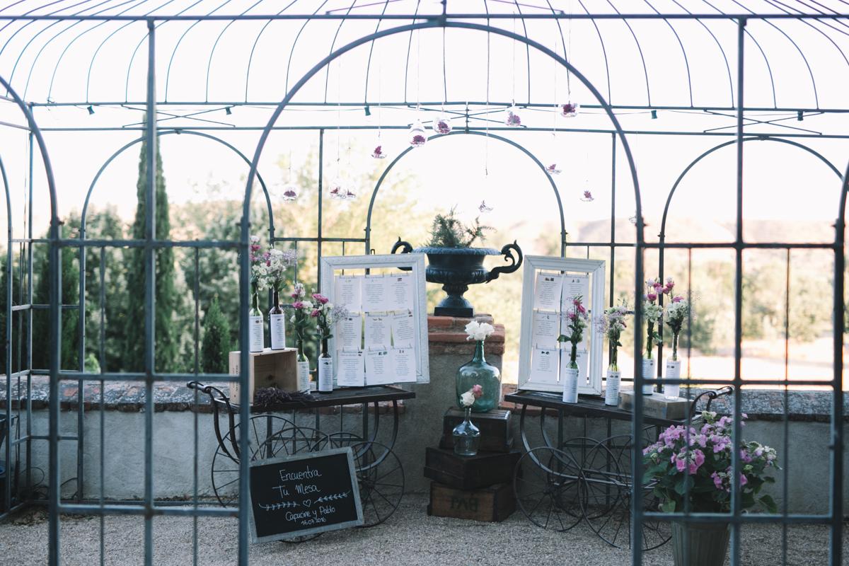 bodas, organizar boda, seating plan, decoración de una boda en el palacio de aldovea