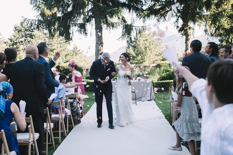 novios_ceremonia_civil_bodas_petalos_wedding_planner