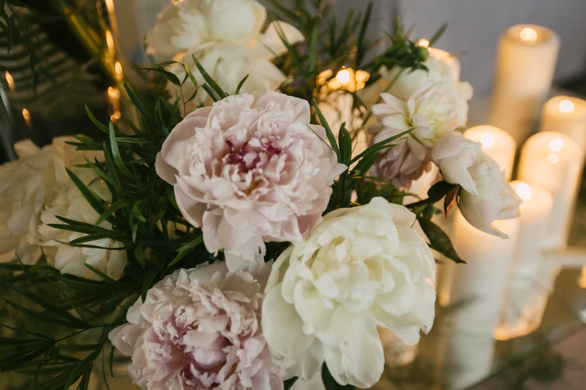 flores_velas_decoracion_boda