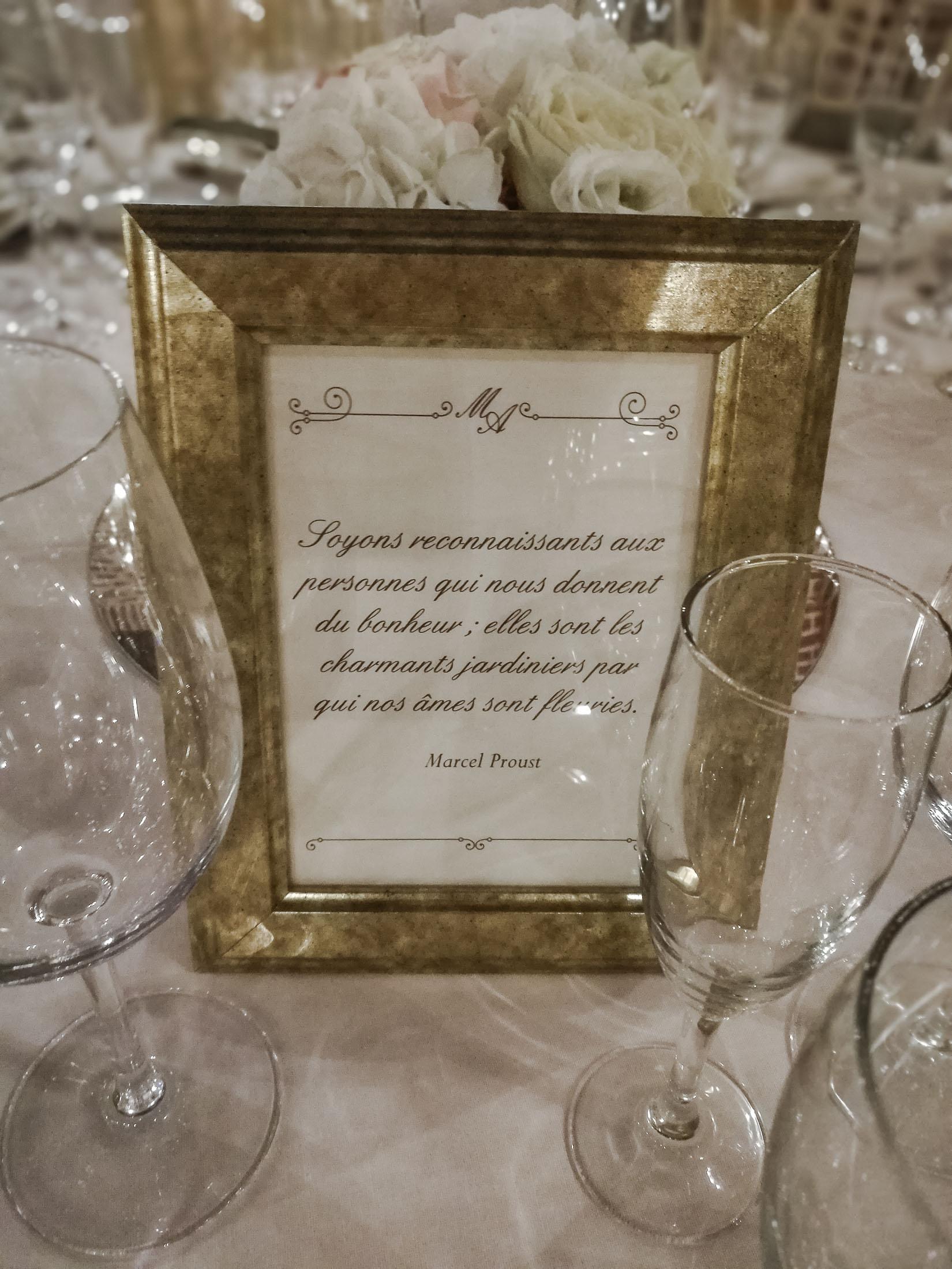 meseros boda en marcos dorados_decoración de bodas
