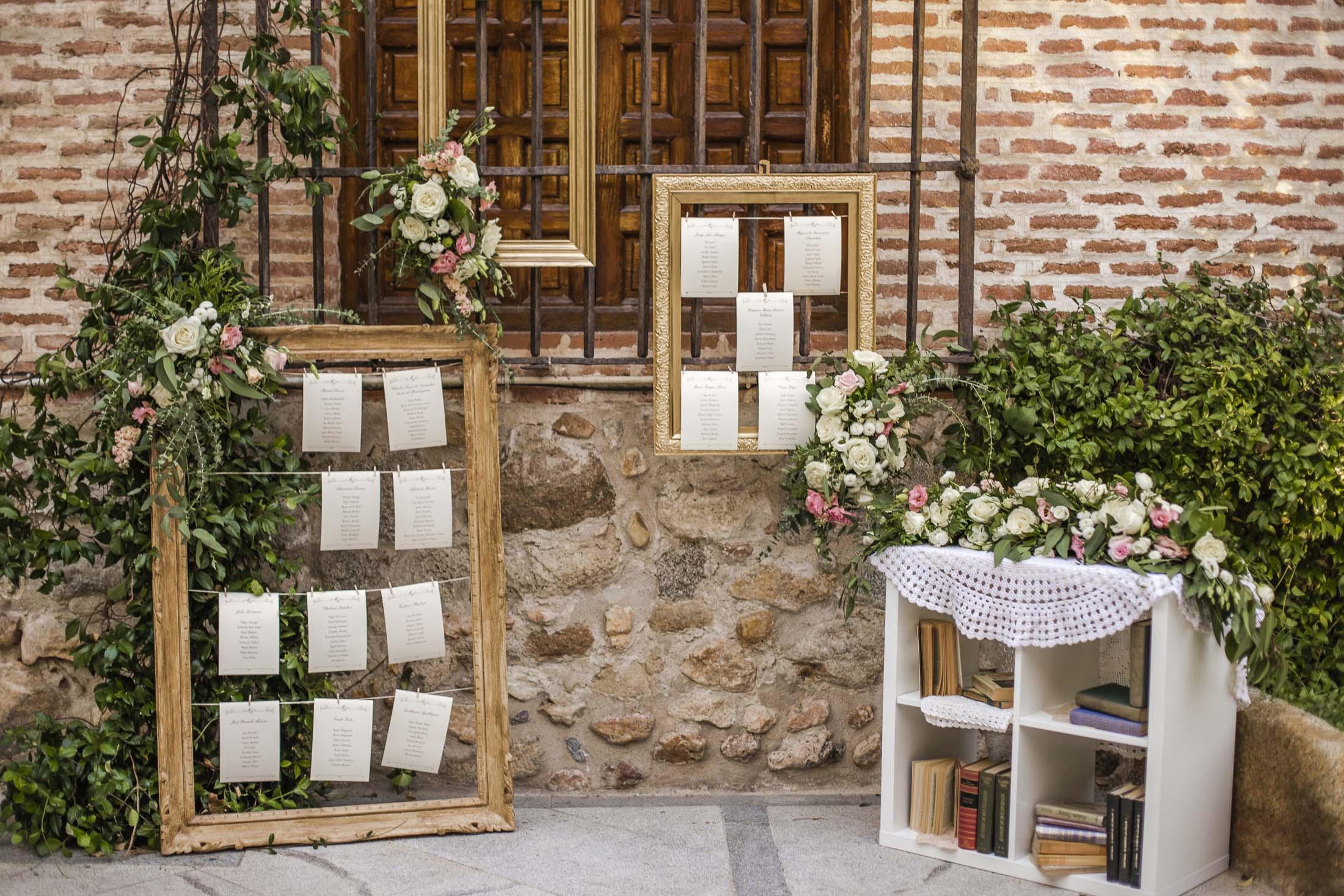 seating plan romántico boda_marcos dorados