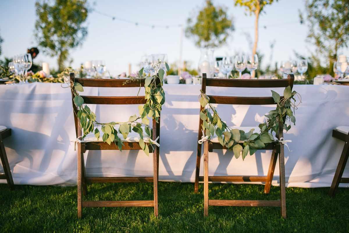 sillas novios decoradas boda rústica