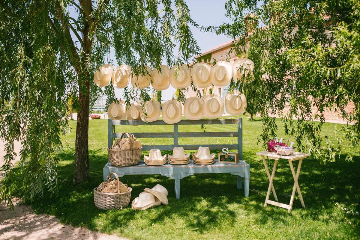 sombreros pay pay invitados boda